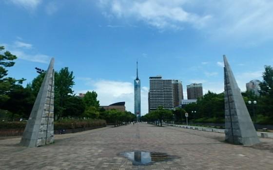 福岡市早良区百道浜「ロボスクエア」
