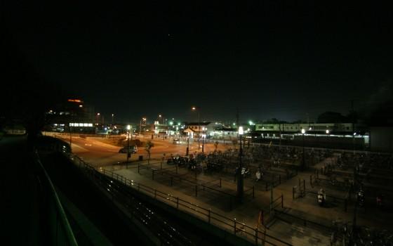 聚楽園駅前広場
