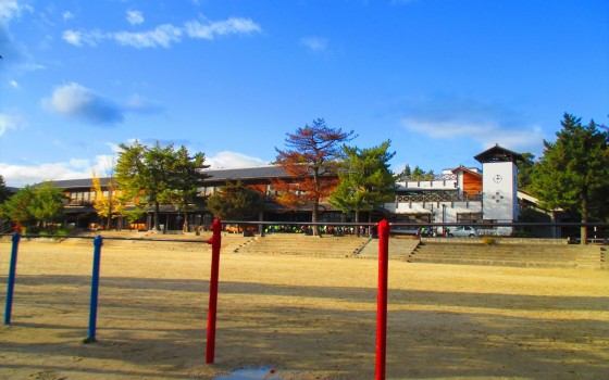 子ども達の学び舎「伊賀市立上野西小学校」
